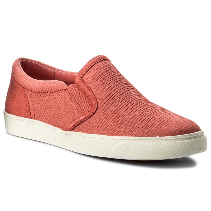 7238e4f7 Clarks Glove Puppet Coral Nubuck - 121 Shoes