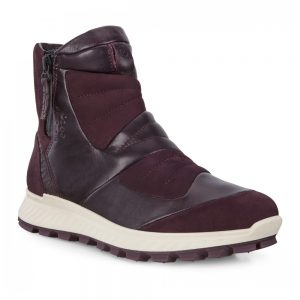 Ecco Exostrike W. High-performance outdoor casual boot.
