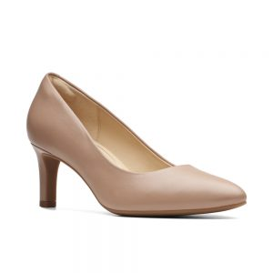 Clarks Calla Rose, women's court shoes, Praline leather
