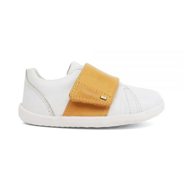 Unisex Boston White + chartreuse shoes by Bobux