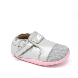 The classic Bobux Xplorer Arctic Silver. Suitable for first-walkers.