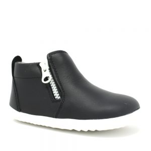 Bobux Tu Tasman. Best shoes for growing feet.
