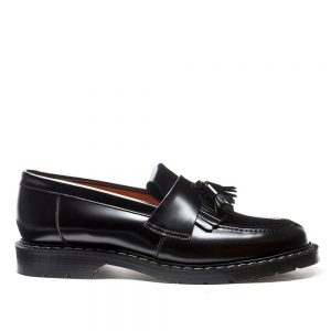 SOLOVAIR Black Hi-Shine Tassel Loafer