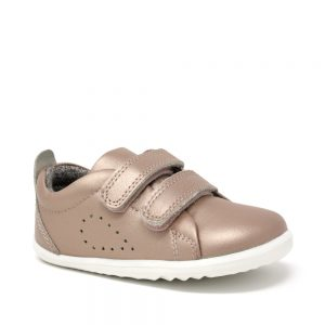 Bobux SU Grass Court Rose Gold. Best shoes for growing feet.