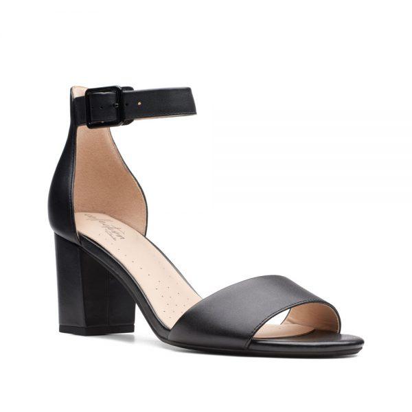 Clarks Deva Mae. Premium Leather Shoes