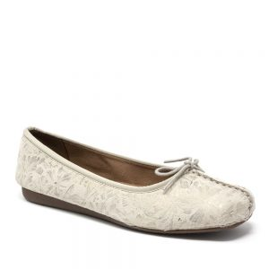 Clarks Freckle Ice Off White. Premium Shoes