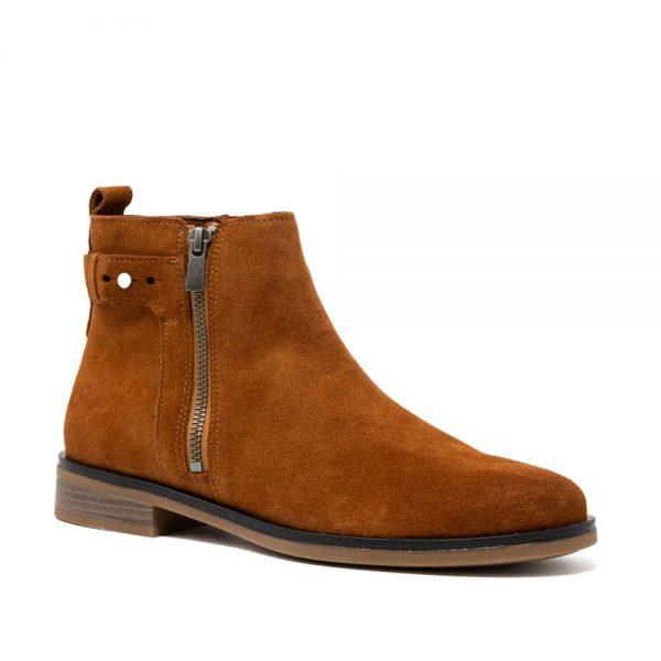 CLARKS Memi Lo Dark Tan. Premium Leather Shoes